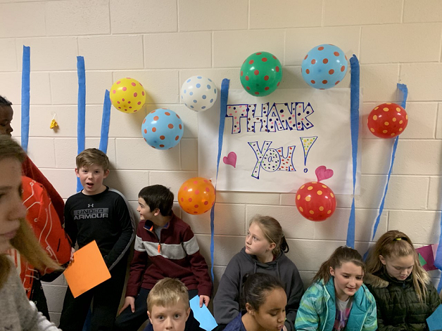 students wrote thank you notes to show kindness