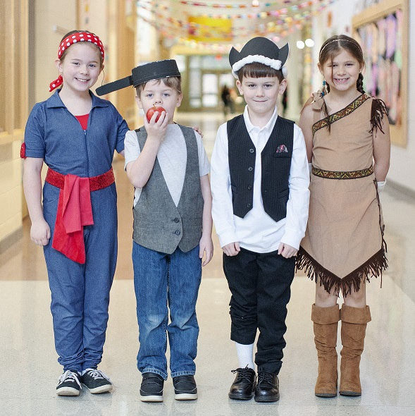 students dressed up as historical figures