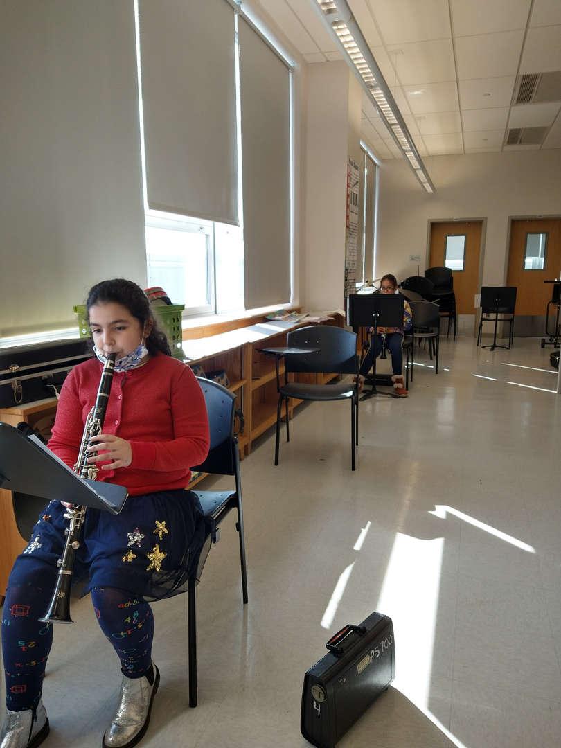 Grade 4 band