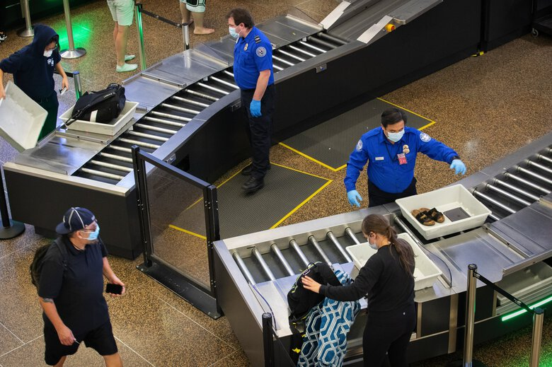 Airport security during the pandemic