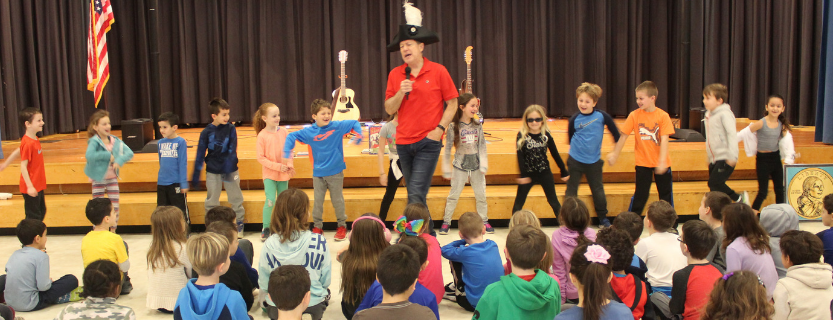 Jonathan Sprout taught second graders about American heroes through songs