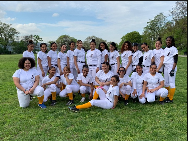 Lady Gators Softball Team 2018-2019
