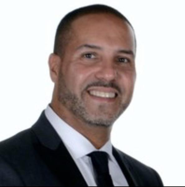Dr. Salvador Contés Jr, Principal