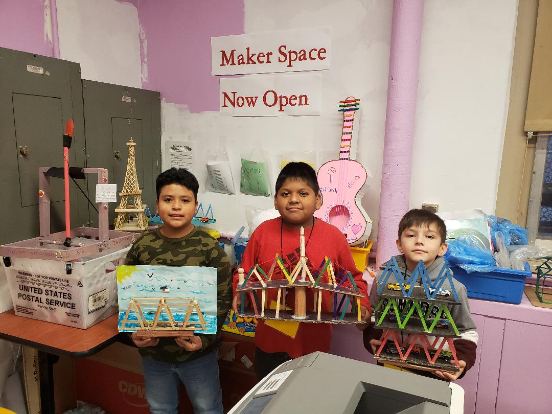 5th Grade Makers show their individual projects