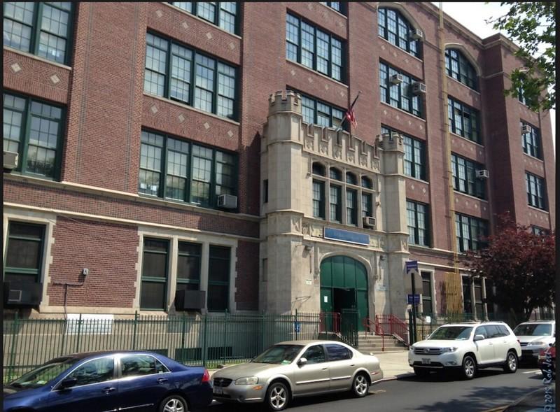 FDA 7 building