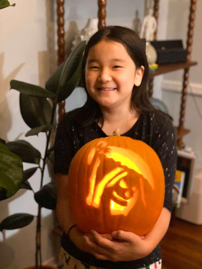 """<img src=""""pumpkin.png"""" alt="""" lit pumpkin"""">"""