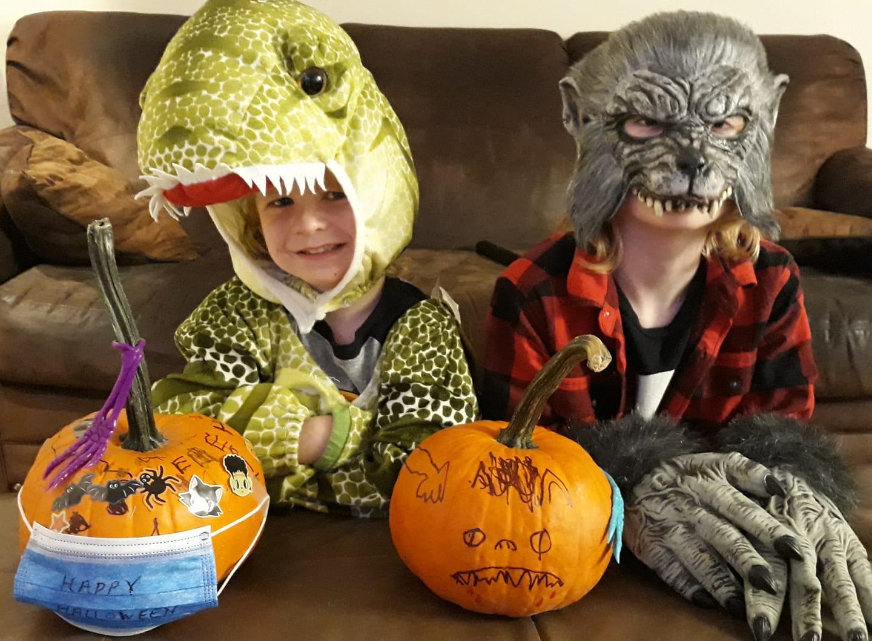 """<img src=""""pumpkin.png"""" alt="""" monster pumpkin"""">"""