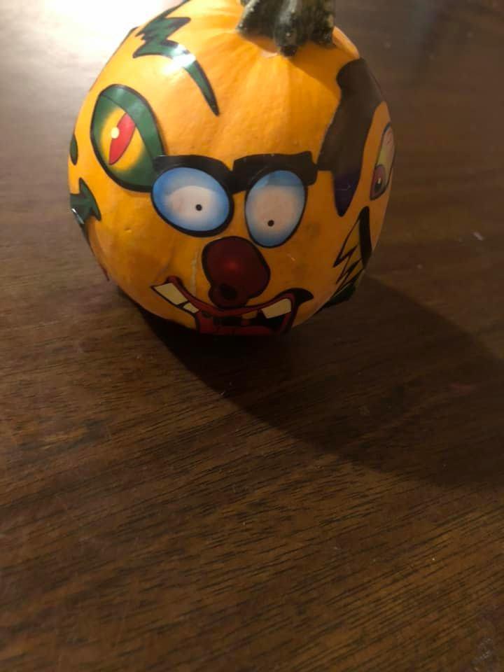 """<img src=""""pumpkin.png"""" alt="""" funny pumpkin"""">"""