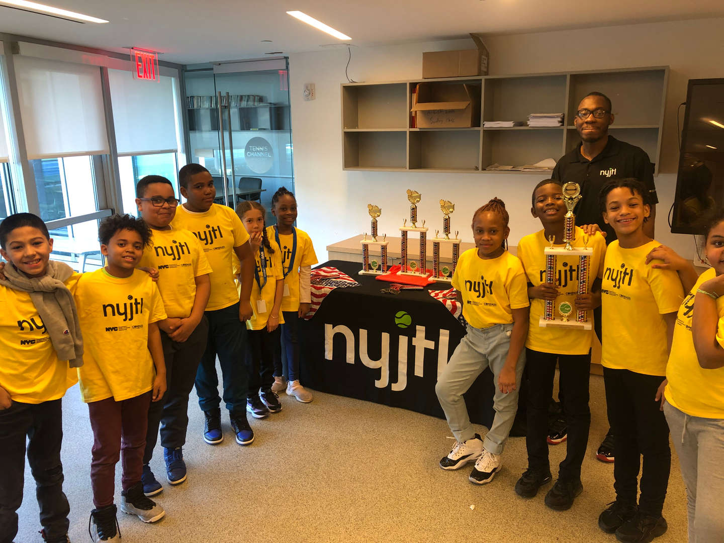 nyjtl students with trophy