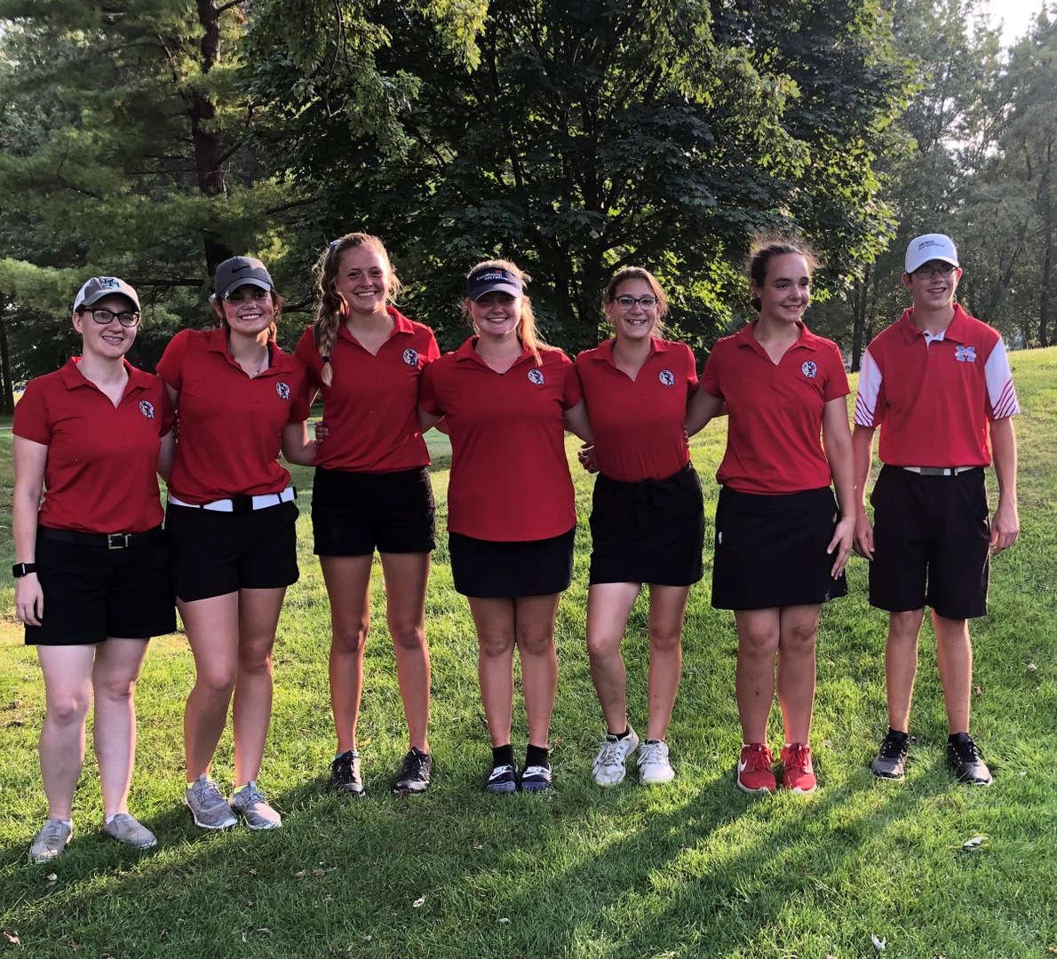 Girls golf team photo.