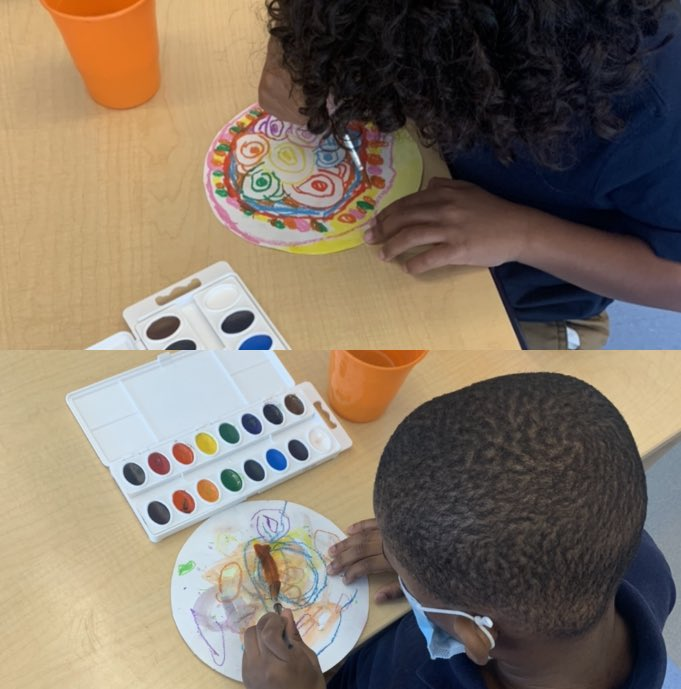 students painting abstract art