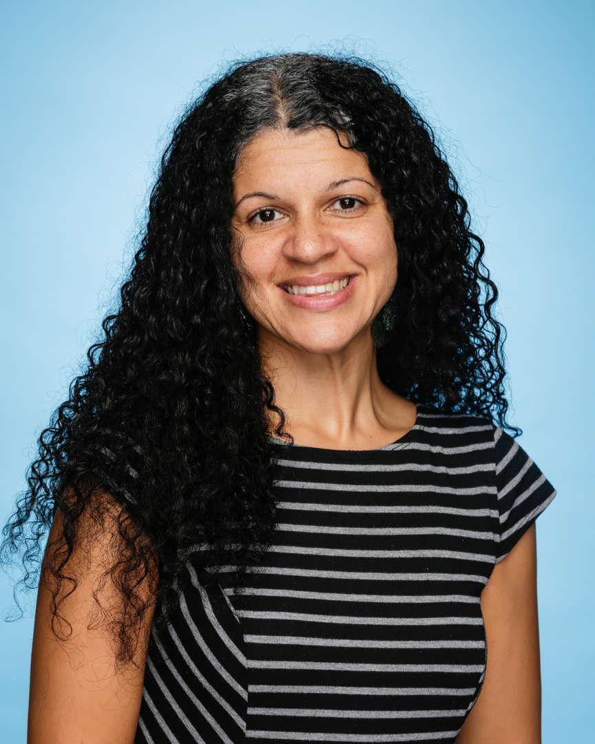 Nina Singh Headshot