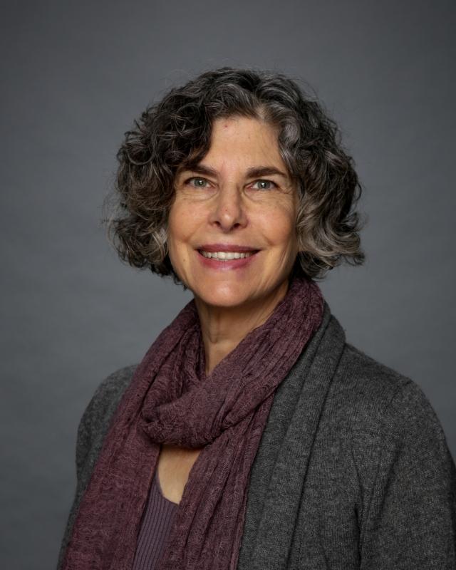 Andrea Schwartz Headshot