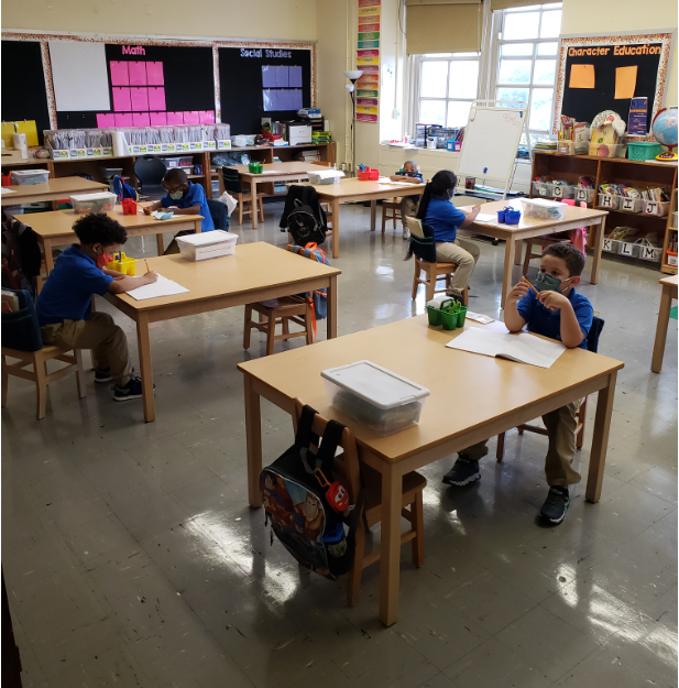 FIRST GRADERS LEARNING