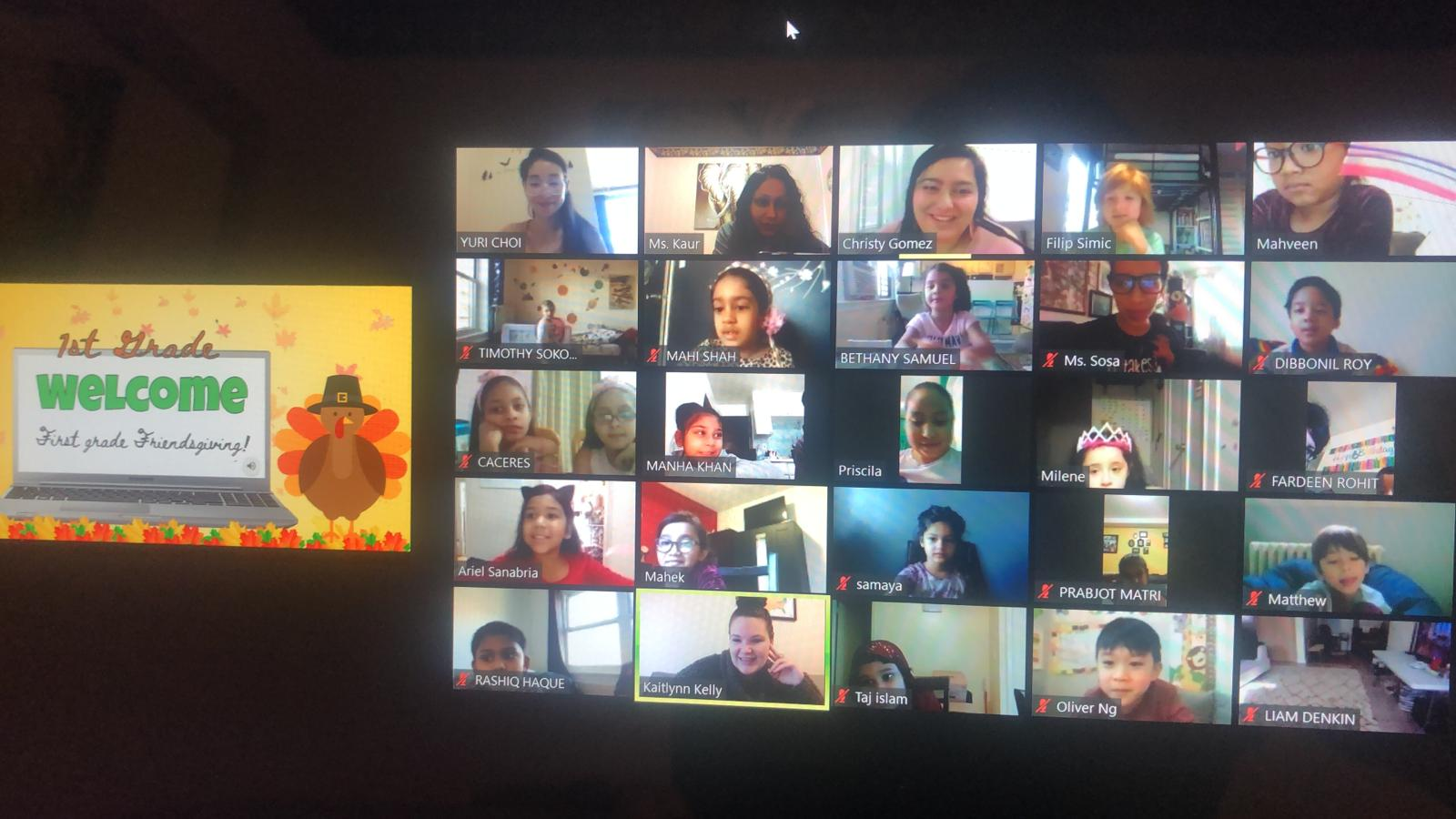 Students on a Zoom call watch a Friendsgiving presentation