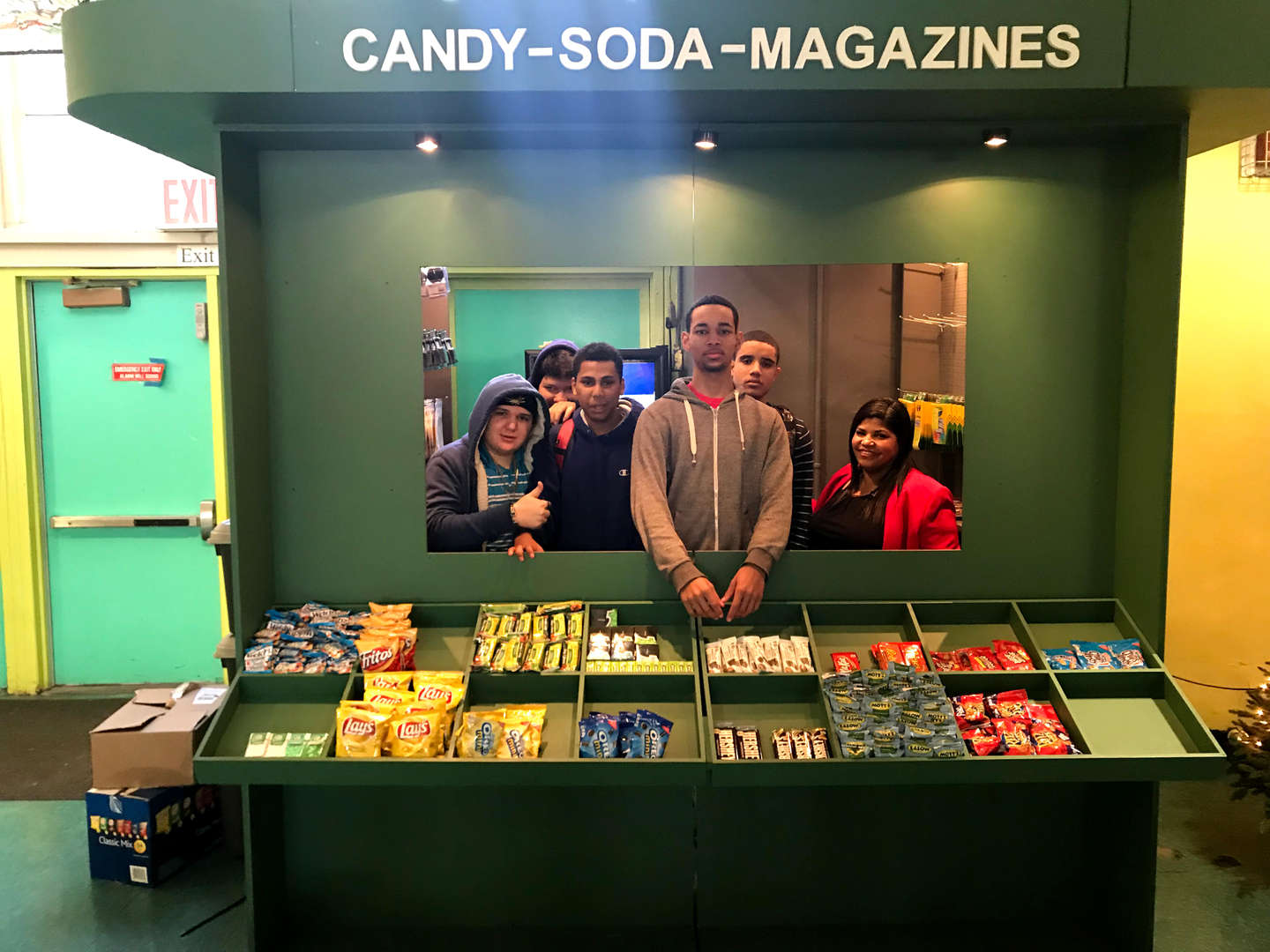 Students run snack booth