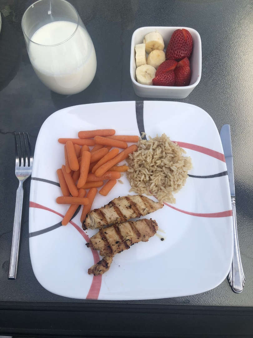 Chicken, carrots, fruit and milk
