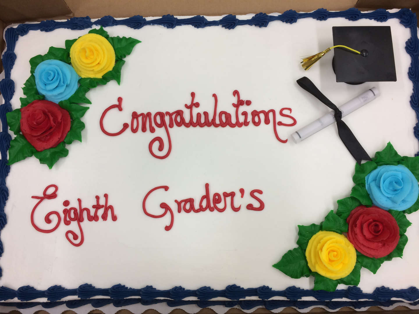 Cake with inscription Congratulations Eighth Graders