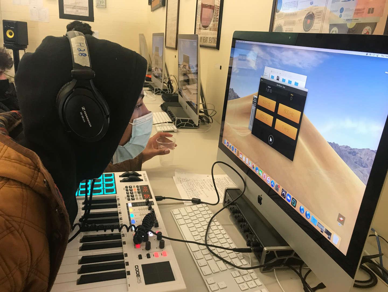 Student uses Quiztones program on a computer