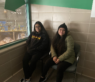 Students at the recycling recovery facility center in the observatory