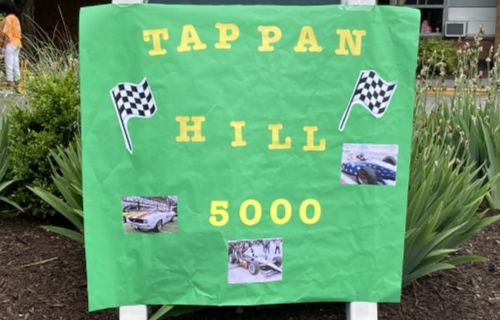 The Tappan 500 sign.