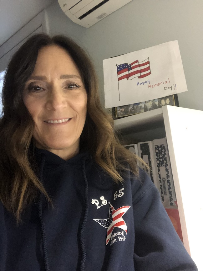this teacher is wishing you a Happy Memorial Day!