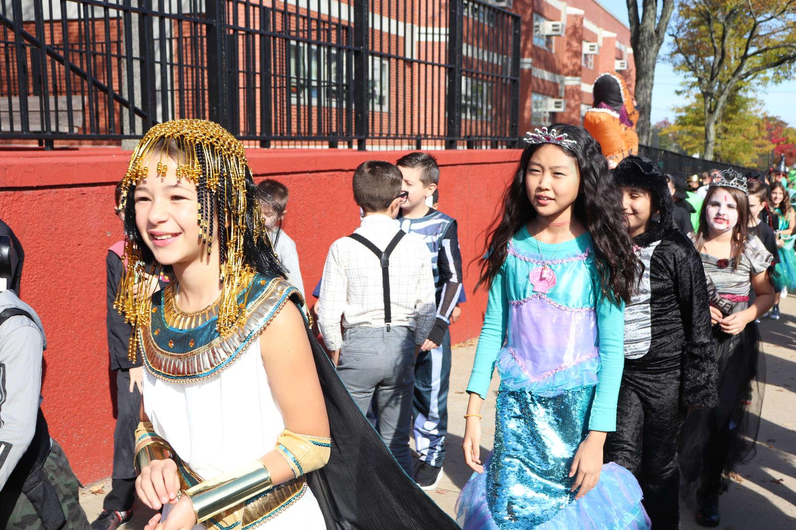 Cleopatra and a princess moving along