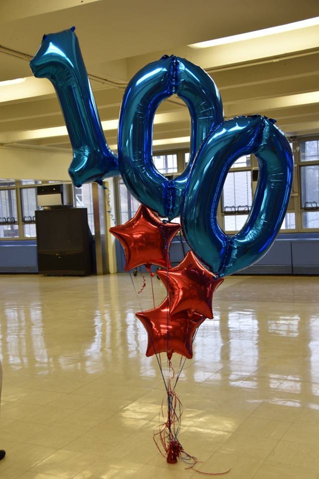 100th day balloons