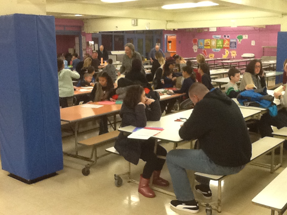 A view of the families taking part in the Stem activity